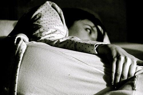 да преборим безсънието по естествен начин