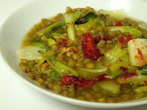 зеленчуковите супи са добър източник на повече протеини