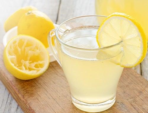 Как да отслабнем с помощта на лимоните