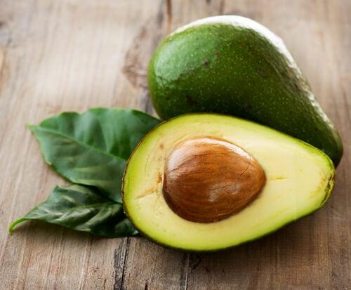 авокадото помага за пречистване на черния дроб