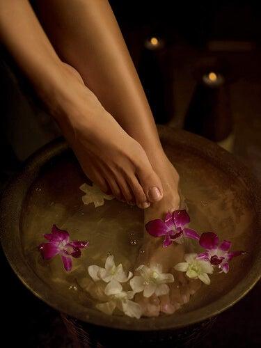 против лошото кръвообращение са полезни бани на краката