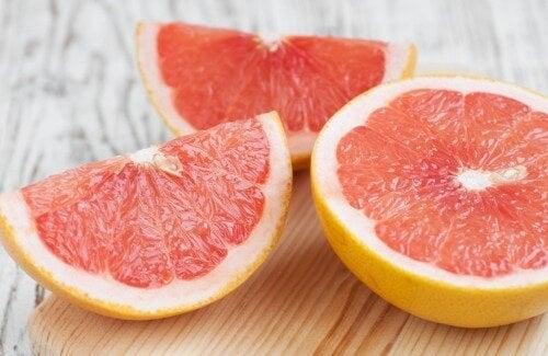 .Грейпфрутът е много полезен за страдащите от мастен черен дроб