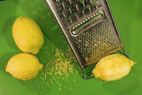 пилинг маски с кора от лимон за мазна кожа