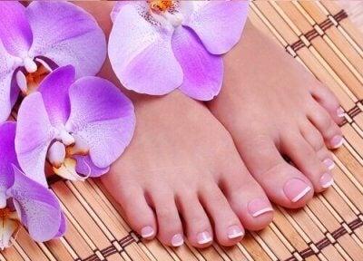 Домашни средства срещу миризливи крака