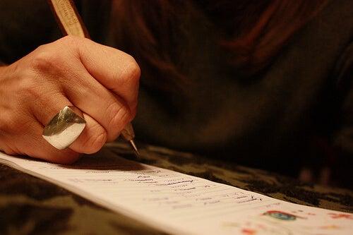 Законът на огледалото - напишете списък с това, което ви притеснява