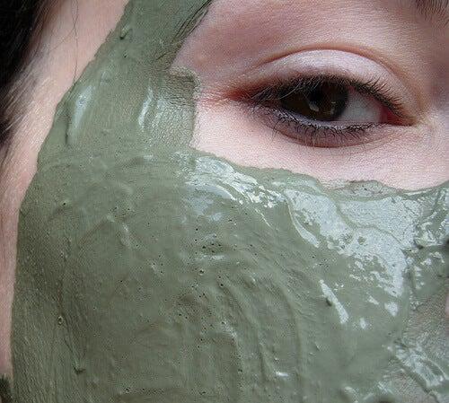 маска с глина против акне
