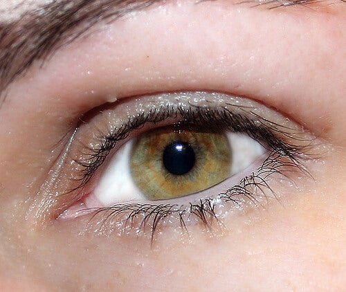 проблеми със зрението ако черният ви дроб е възпален