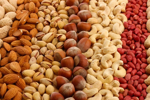 ядките са една от най-полезните храни за мозъка - включете ги в ежедневното си меню