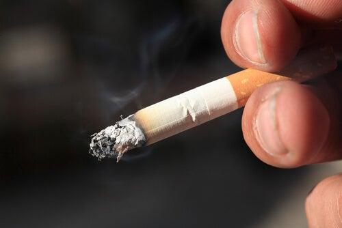 Цигари и рак на маточната шийка