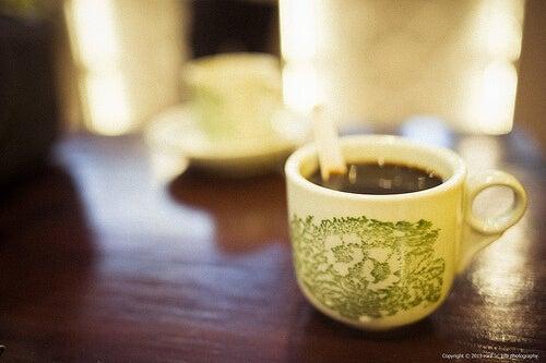 Кафе на закуска: стимулира храносмилането