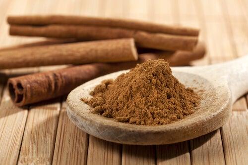 Канелата и карамфил могат да помогнат за намаляване на нивата на кръвната захар.