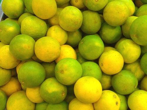 Рецепта със зелен лимон и сода за хляб против киселините