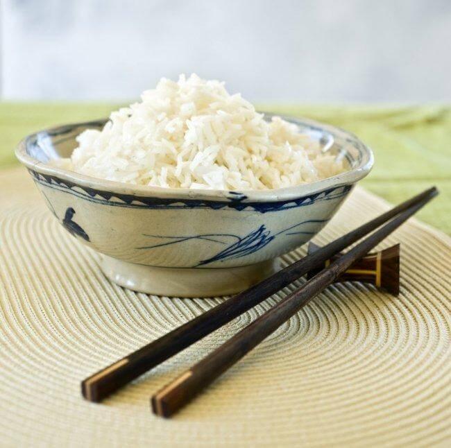японската диета се базира основно на ориз, плодове и риба