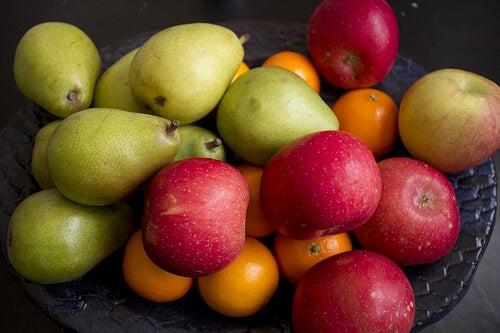 яжте повече плодове и зеленчуци, за да намалите дневния прием на калории