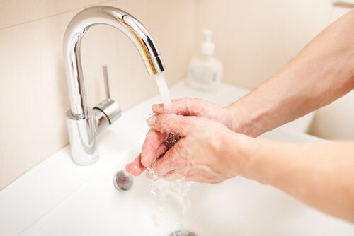 хигиена и почистване на рана