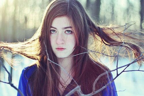 укротете непослушната коса със зехтин и балсам