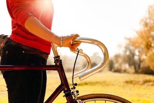 каране на колело за изгаряне на 600 калории