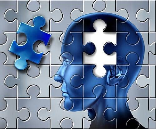 Как да разпознаем симптомите на Алцхаймер навреме
