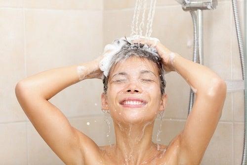 Вредно ли е вземаме душ всеки ден?