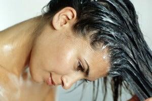 изсветляване на косата с бира и яйца в домашни условия