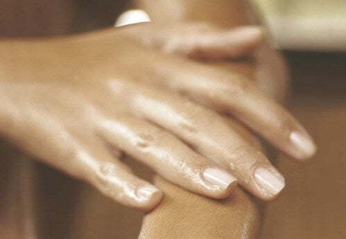 Как да намалим подуването на ръцете?