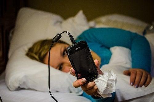 Електронните устройства причиняват безсъние