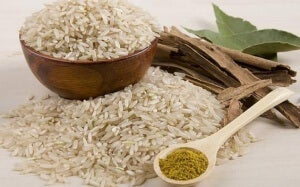 пригответе си оризово мляко с пълнозърнест ориз
