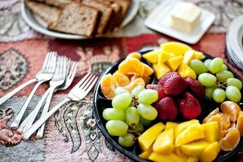 За да имате по-слаби бедра трябва да намалите количеството на калориите.