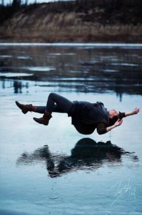 Основната причина за сънищата, в които падаме, е стресът.