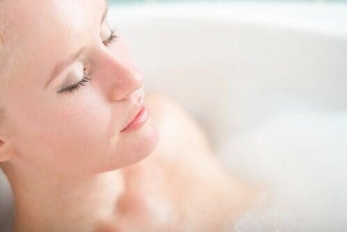 Релаксираща вана при настинка