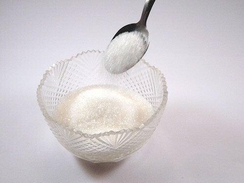 Захарните изделия причиняват целулит