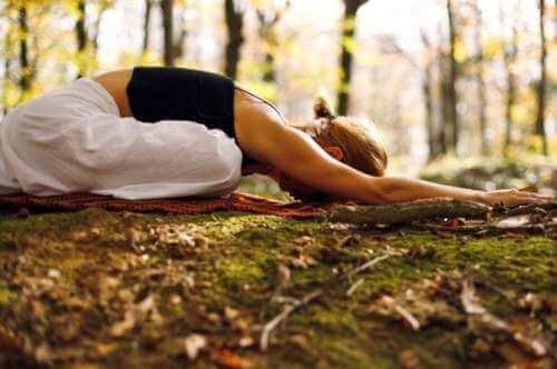 Практикуването на йога може да ви помогне при хиатална херния.