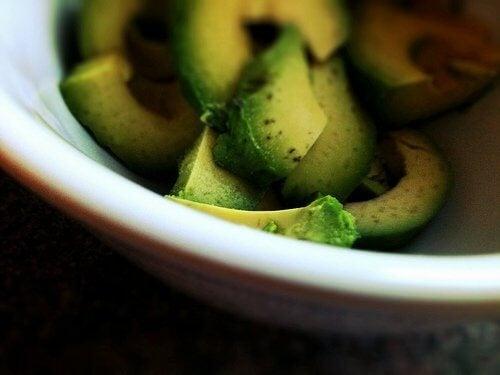 природни лечения с авокадо