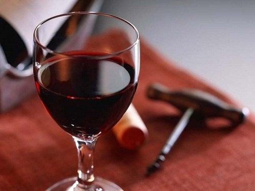 10 неподозирани ползи от червеното вино
