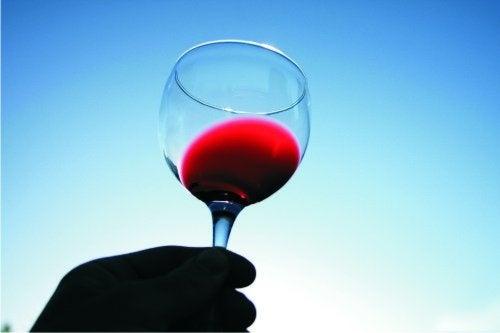 червеното вино помага в борбата за здравето
