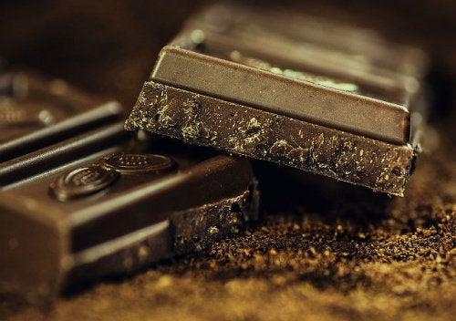 Как въздейства на тялото черният шоколад