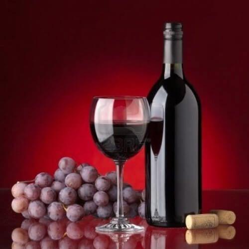 червеното вино прочиства небцето
