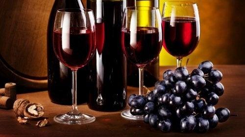 червеното вино помага в процеса на отслабване