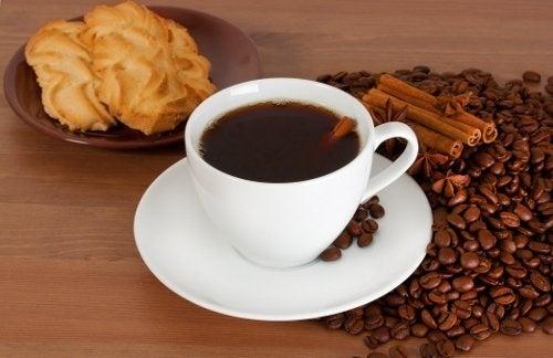 Каква е връзката между кафето и глада