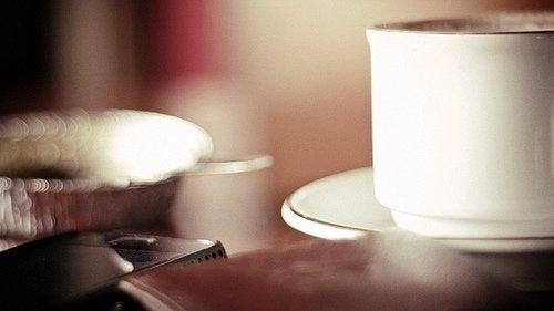 Хипотеза №1: кафето редуцира глада и повишава ситостта