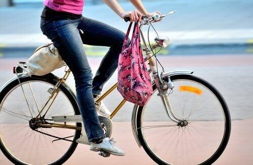 Карането на колело 30-35 минути дневно е достатъчно