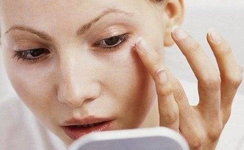 Козметични трикове за по-тънко лице