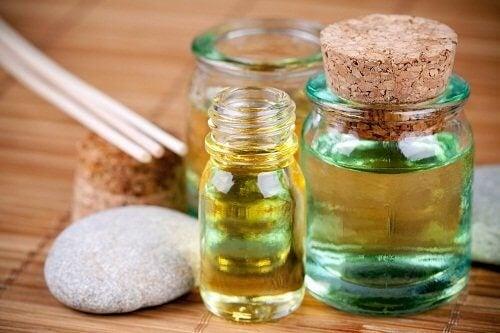 етерични масла срещу отпуснатата кожа