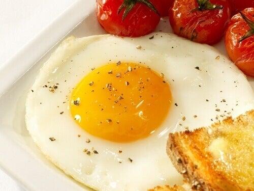 Резултат с изображение за яйца видове жълтъци