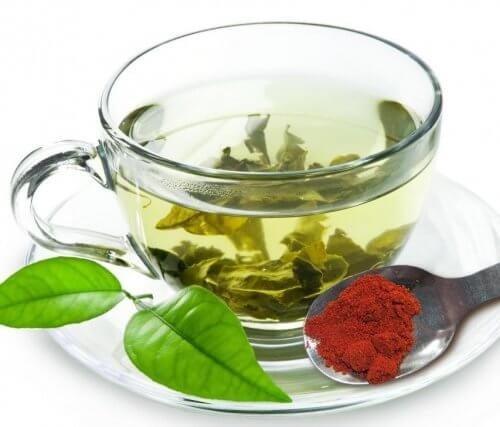 Как да горите калории: чай с лют пипер