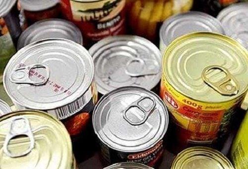 Консервите са сред опасните храни приминяващи рак.