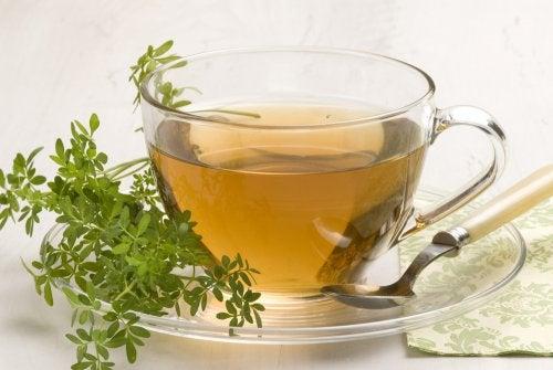 9 билки, които успокояват нервите и тревожността