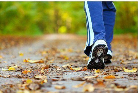 Когато ви мъчи тъга, излезте на разходка.