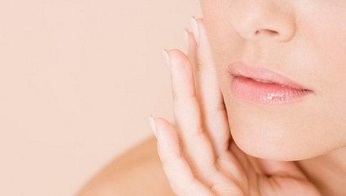 Как да затворим лесно порите на кожата