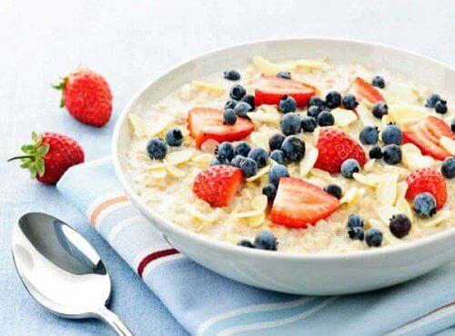 Вкусна закуска: овесена каша